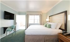 The Lafayette Hotel - Guestroom at The Lafayette Hotel, Swim Club & Bungalows San Diego