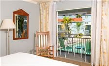 The Lafayette Hotel - Poolside Room by The Lafayette Hotel, Swim Club & Bungalows San Diego
