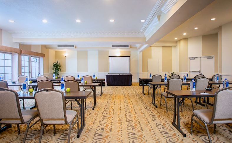 Meeting Venues at The Lafayette Hotel, Swim Club & Bungalows